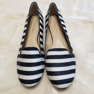 Adrienne Vittadini Black/White Loafers - Size: 9
